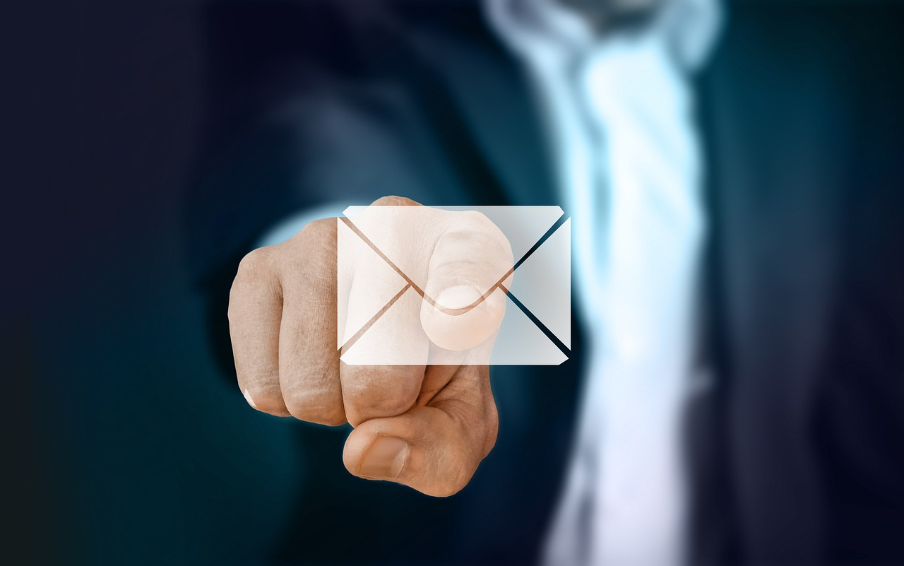 scrivere-email-formale-e-informale-in-inglese