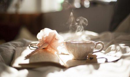 Ora del tè: tutto quello che c'è da sapere sulla famosa tradizione inglese